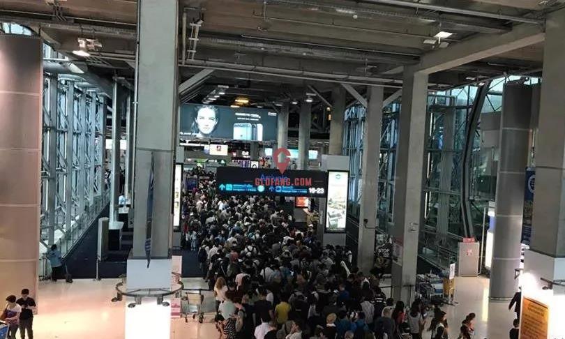 意!新年旅游旺季,泰国办理落地签或需排队3-4小时2.jpg
