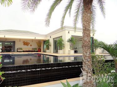 5睡房别墅出售Bang Lamung,芭堤雅花园,泳池景观