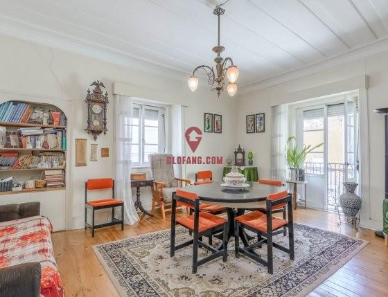 里斯本市中心 Arroios 精美T2公寓出售