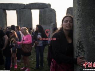 真相来了:英国巨石阵秘密不断被发现 巨石阵之谜或已破解
