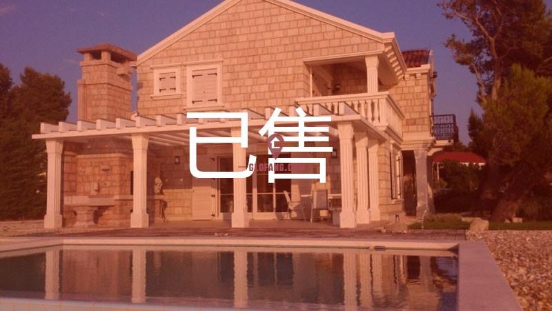 克罗地亚Zdenka绝佳的海滨住宅别墅