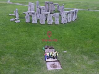 【英国巨石阵之谜】研究发现,5000年前埋葬在英国巨石阵下的人来自遥远的地方