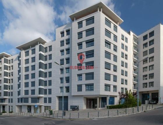 里斯本市中心全新 T4 公寓出售