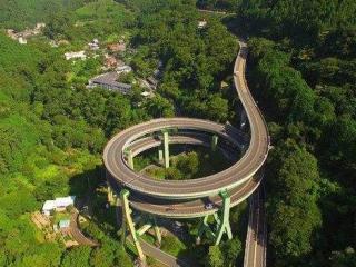 日本最美死亡公路:20层楼高,老司机车速也不敢超过30码
