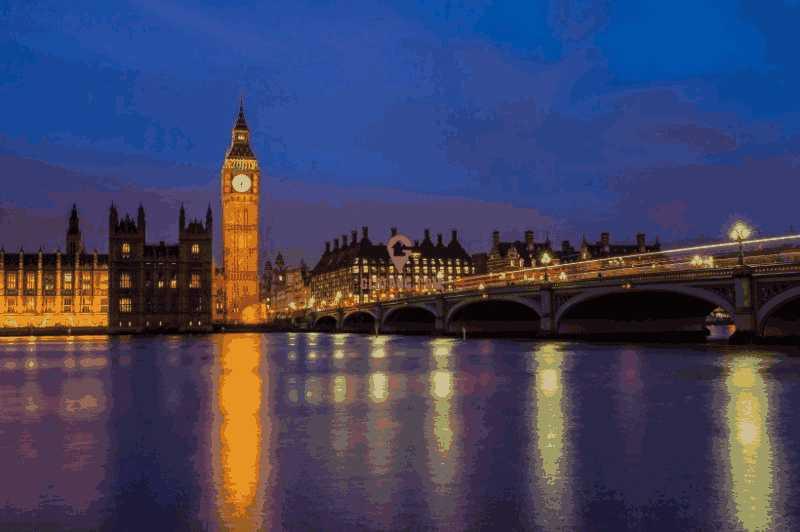 伦敦最受欢区域 与伦敦塔桥和金融城为邻 繁荣商业黄金地段