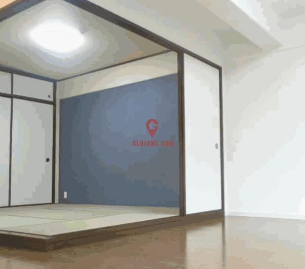 日本神户市北区北鈴蘭台403号室