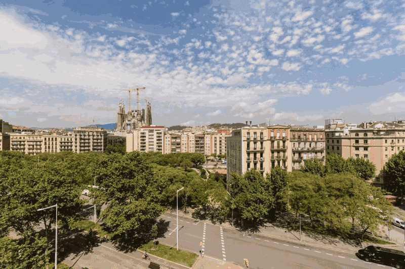 巴塞罗那市中心精贵地段豪华公寓