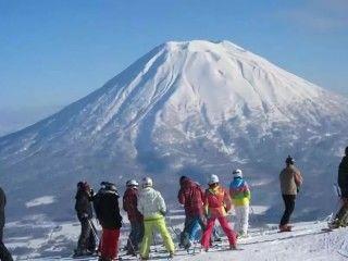 東寧君带路—北海道滑雪场走一走