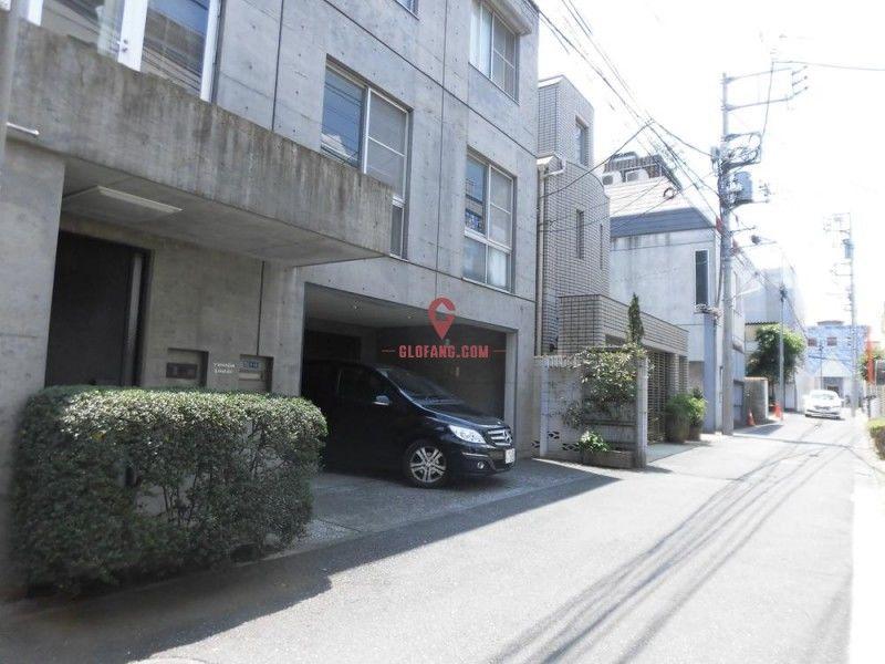 南青山4 别墅 (表参道站徒步7分钟)6.9亿日元