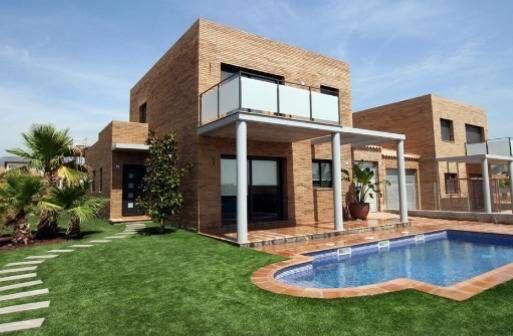 巴塞罗那高端山景花园泳池别墅