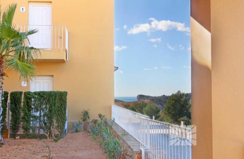 西班牙太阳山庄花园式公寓