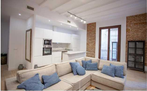 西班牙旧城区海滨学区近兰布拉大道精品公寓
