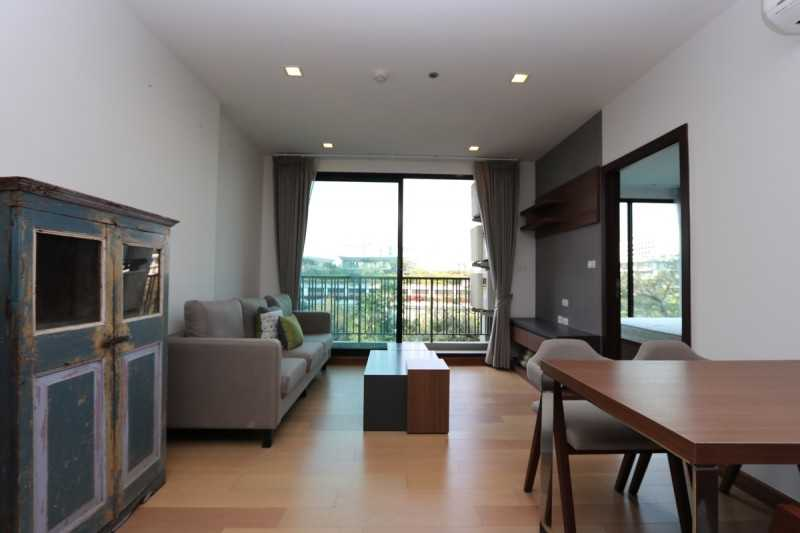 ASTRA035泰国公寓介绍: 长康路夜市 / 萍河边