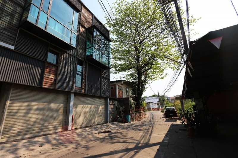 美式风格独栋建筑,市区内2居室透天别墅 CITY355