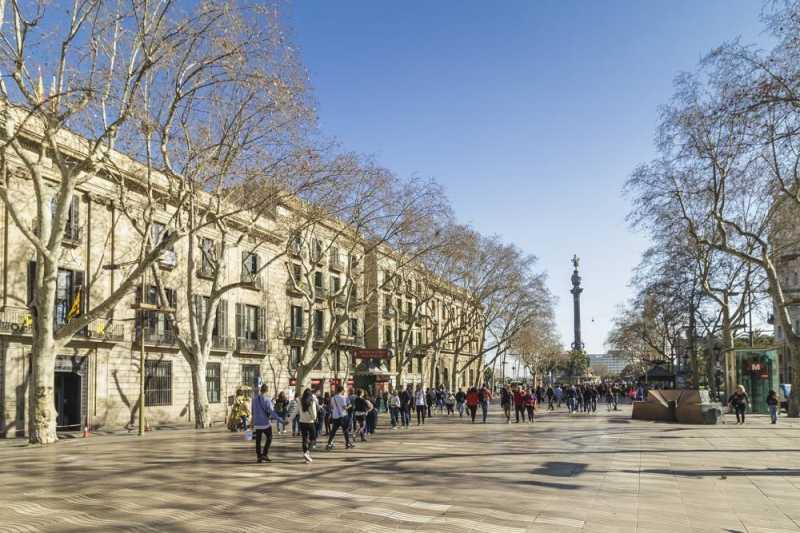 巴塞罗那扩展区青年活动中心