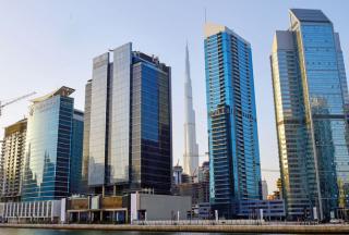 【迪拜环保写字楼租金出售】迪拜的写字楼业主热衷于提供免租金服务