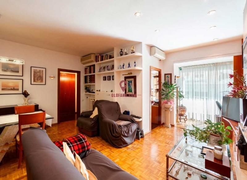巴塞罗那富人区桑特洛公寓