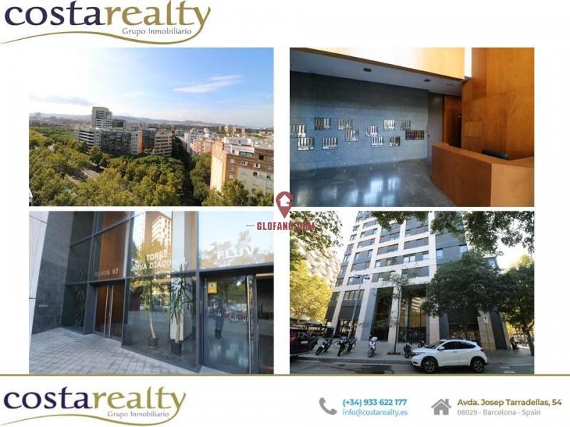 巴塞罗那市区靠海公寓 08019.8