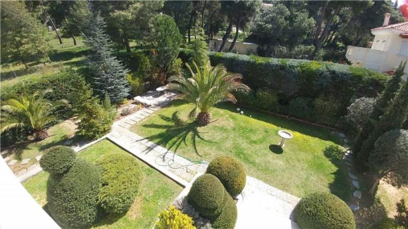 希腊雅典北部1000平米大别墅 送绿卡