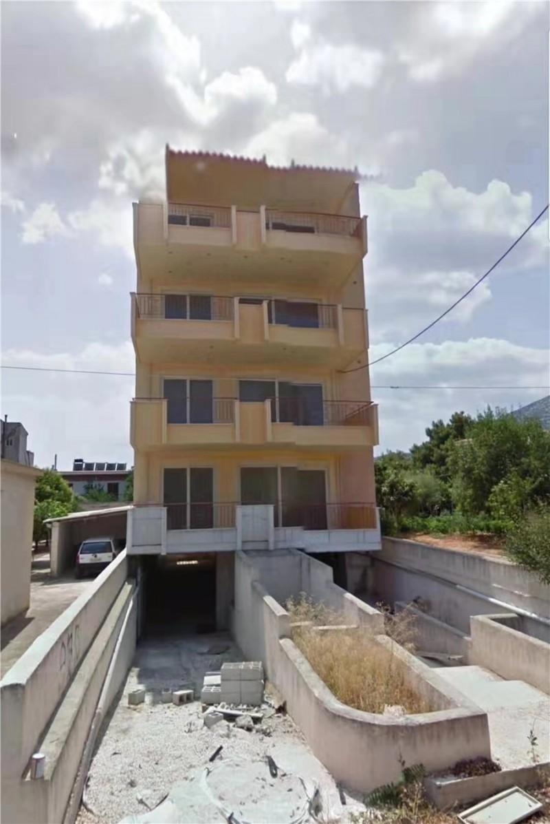希腊烂尾楼 4层楼 105万欧