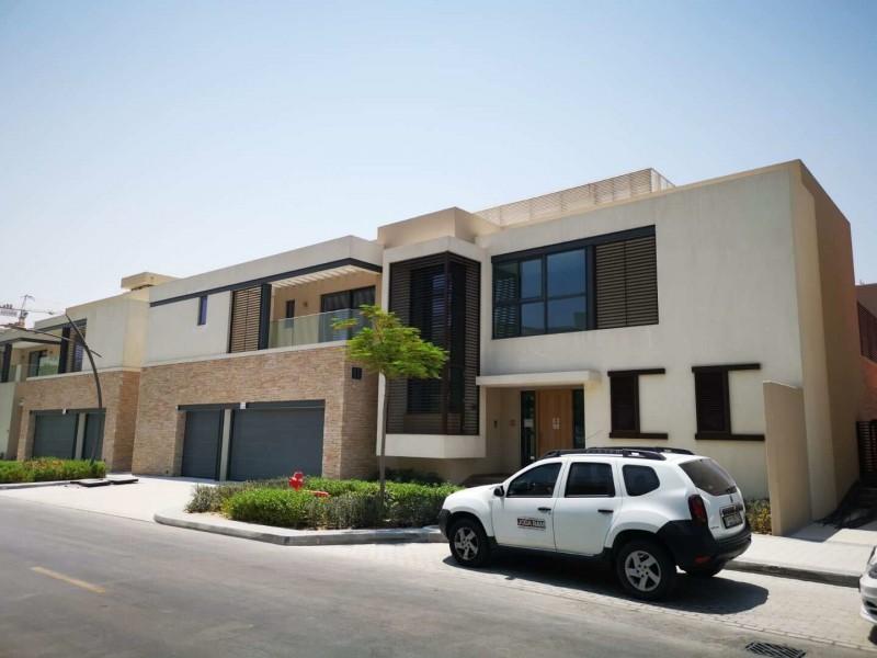 迪拜房产:首霸心领地学区房 别墅仅950万RMB起