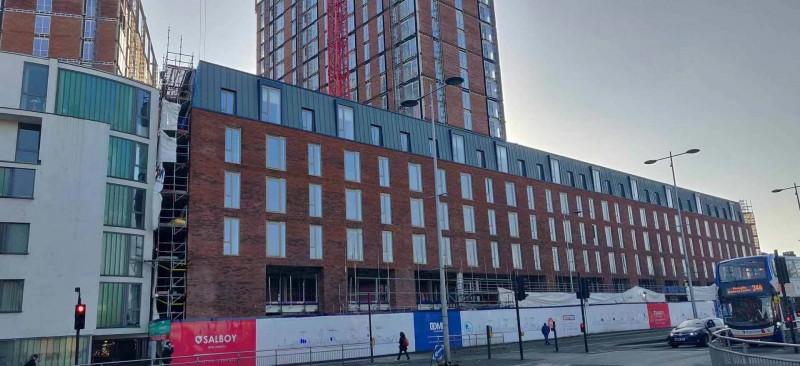 Crescent 新月公寓项目-市中心的河景房,编号41932