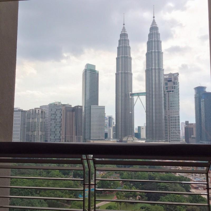 出租房!马来西亚吉隆坡地标,双子塔公寓前高级公寓-帝宝!!!