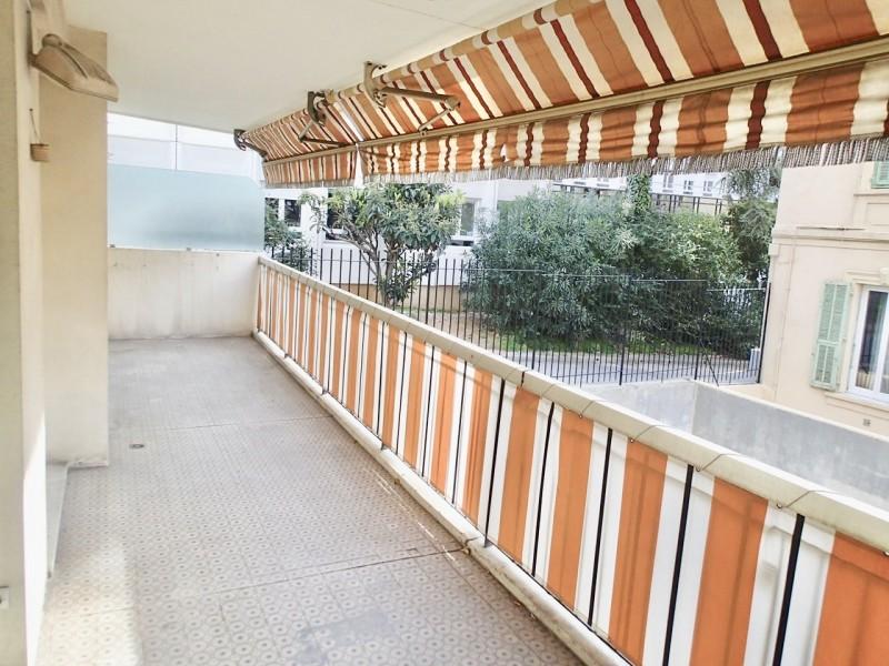 尼斯市中心LIBERATION二房一厅高性价比公寓出售