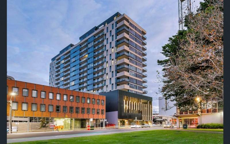 南澳阿德莱德城市中心火爆现房楼盘高层投资公寓