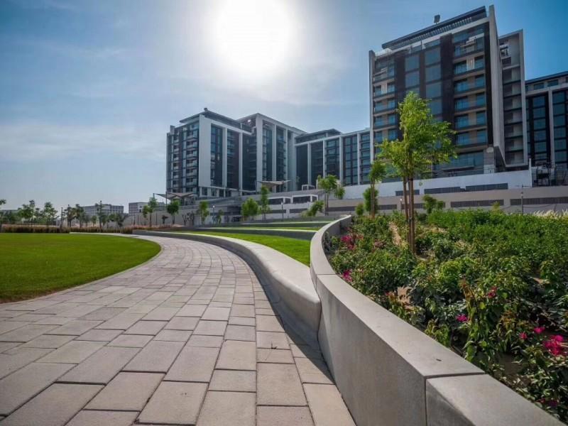迪拜学区房:迪拜山庄高尔夫球场公寓 GOLF VILLE