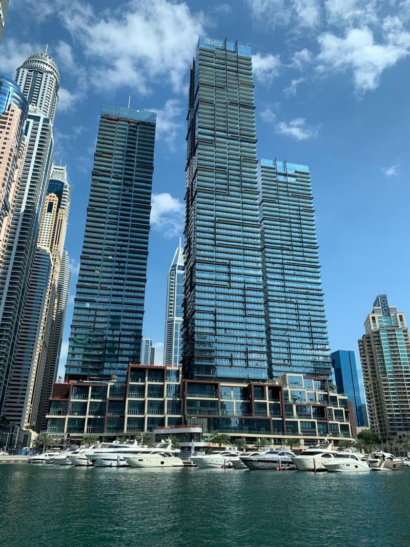 迪拜房产:迪拜码头海景公寓Marina Gate 俯瞰棕榈岛