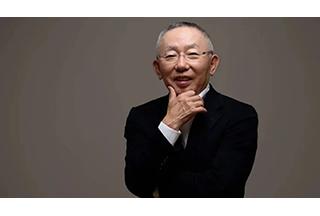 本想当宅男终老,却成日本首富,他都经历了什么?