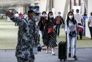 菲律宾取消有效签证对外国人的禁令,从八月起允许长期签证的外国人入境