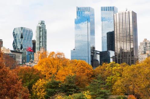 【美国房地产新闻】过剩的库存和低迷的销售意味着在纽约购买豪华住宅的买家会得到折扣