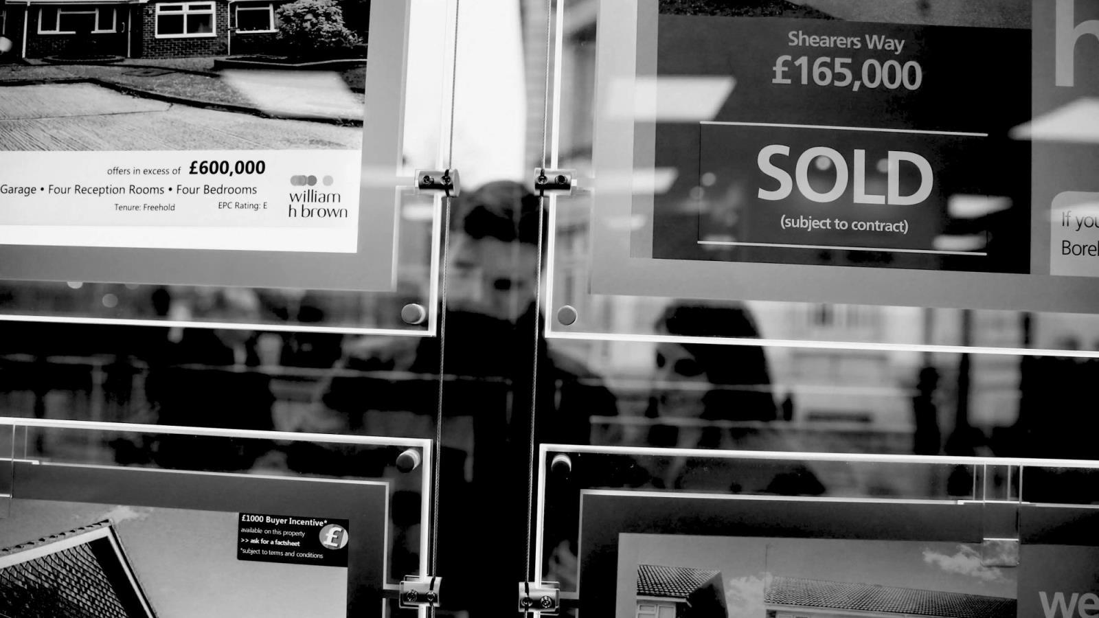 【英国房产新闻】房地产经纪人建议,在第二次封锁期间,重点关注销售安全