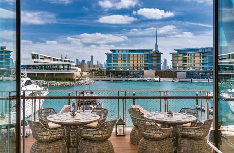 迪拜房产投资:宝格丽品牌住宅公寓,海景房,毗邻四季酒店