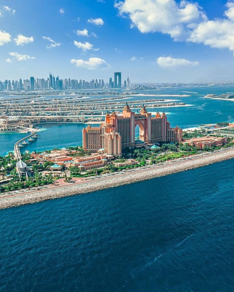迪拜二手房:迪拜棕榈岛,二手海景别墅房源,仅¥765万起