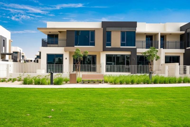 迪拜房产: 伊玛尔开发商,迪拜山庄,现房联排别墅,学区房