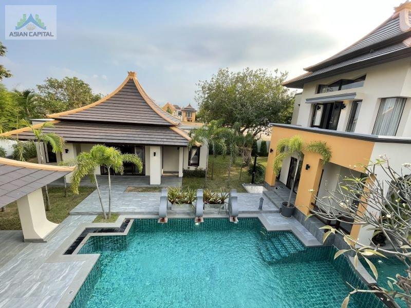 泰国芭提雅全新可入住超豪华泳池别墅 Villa Villa