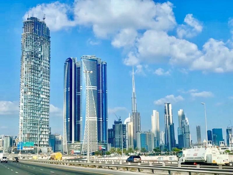 迪拜房产:迪拜市中心复式公寓,SLS Residence