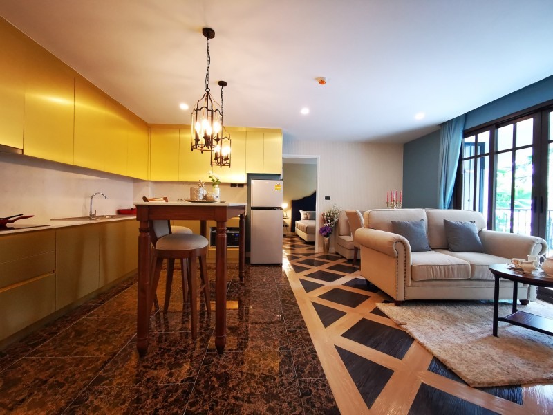 芭提雅中天区投资/自住:西班牙公寓-ESPANA