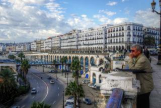 阿尔及利亚首都是哪里?